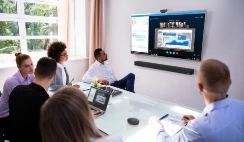 Potenciá videoconferencias con Lenovo ThinkSmart BAR